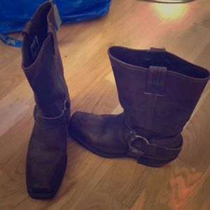 Square toe brown Frye boots